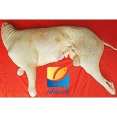 Thịt Dê Nguyên Con Móc Hàm