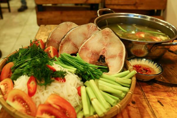 Cách nấu lẩu cá bớp măng chua ngon