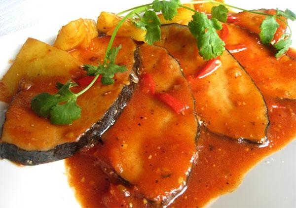 Cách làm cá thu sốt cà chua ngon