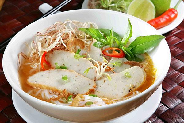 Mua bán chả cá Nha Trang ngon tại TpHCM, Sài Gòn nấu bánh canh chả cá