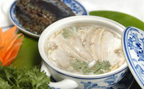 Mua bán con bào ngư nấu súp