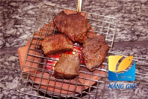 bán bò một nắng muối kiến vàng Phú Yên